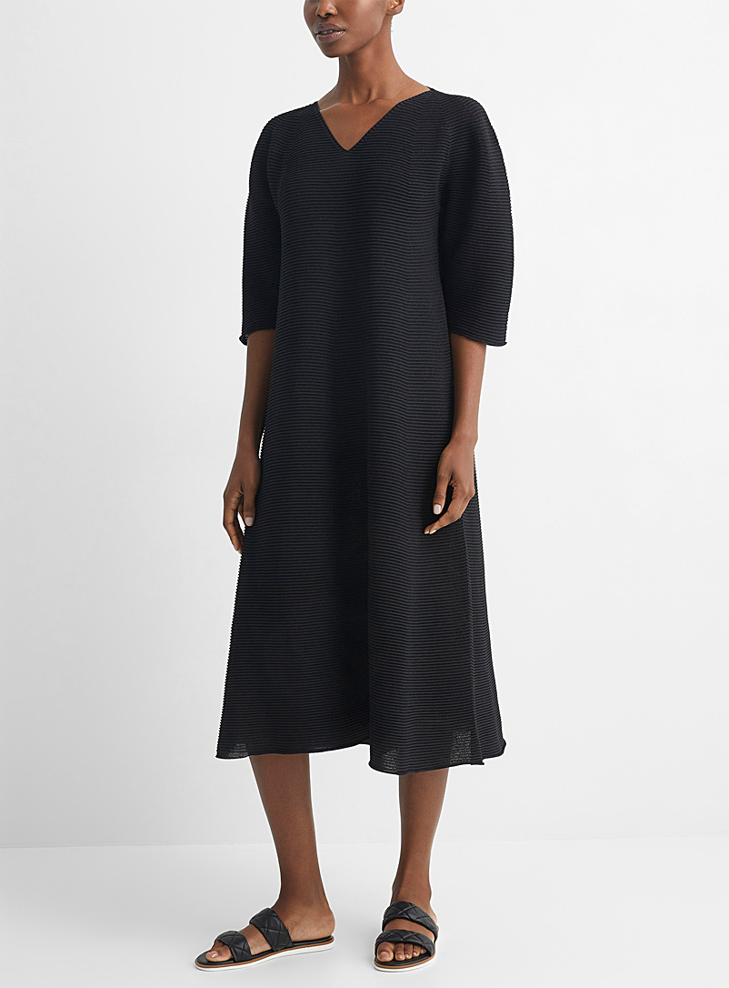 Issey Miyake Black Paper circle knit dress for women