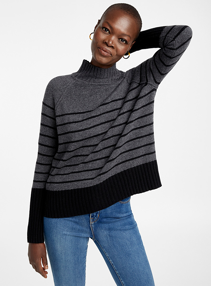le-pull-col-montant-a-rayures