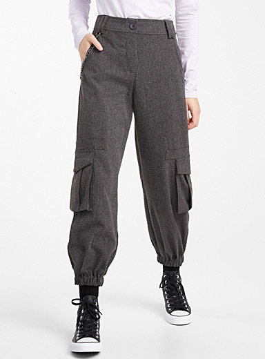 Chain cargo joggers
