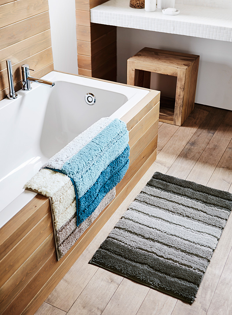 raised-stripe-bath-mat-br-50-x-80-cm