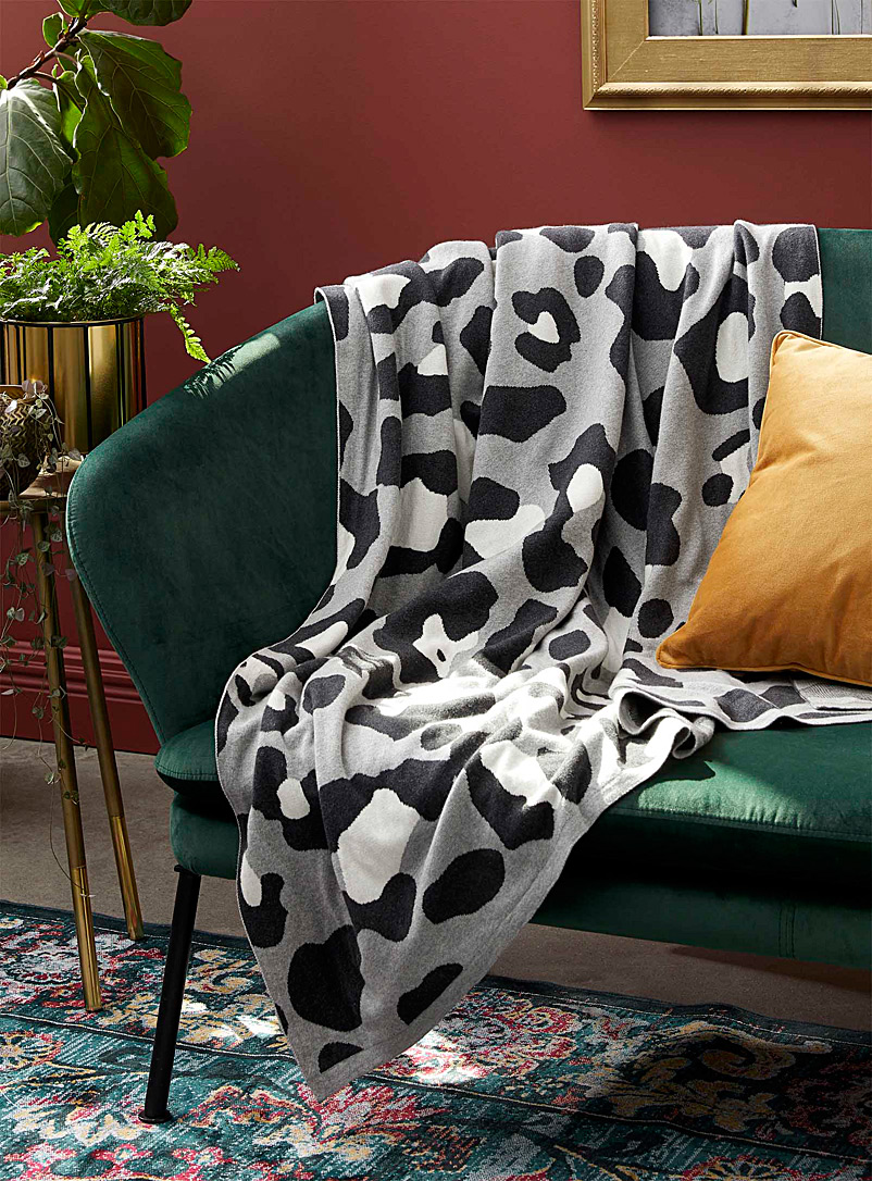 Simons Maison Assorted Geo leopard throw  130 x 150 cm