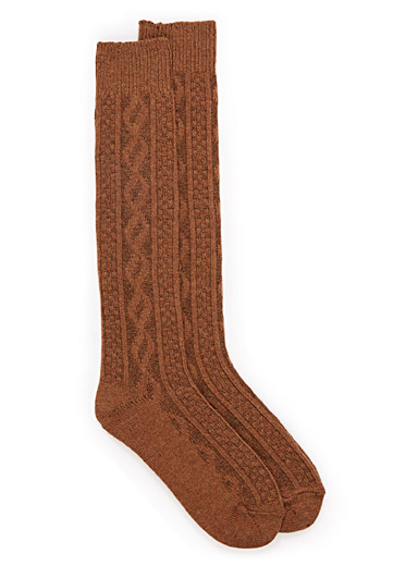 Twisted knit knee-highs
