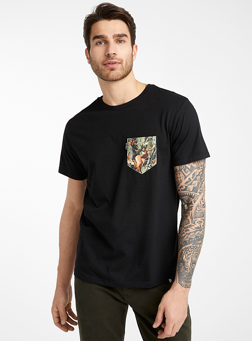 Poches & fils Black Camo deer pocket T-shirt for men