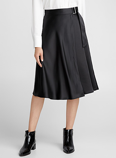 Satiny wrap skirt