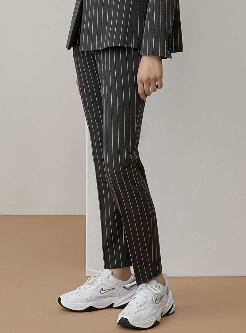 essential-straight-pant