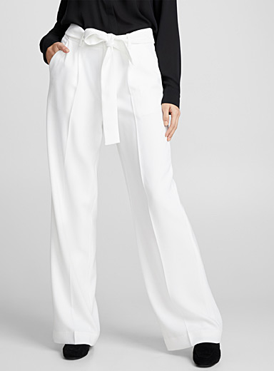 Fluid pleated wide-leg pant