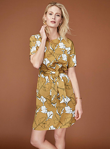 Printed tie-belt dress