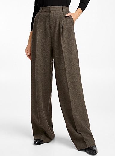 Fine-wool pleated wide-leg pant