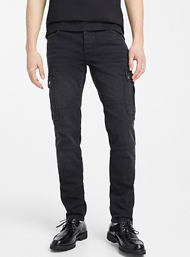 Distressed cargo jean