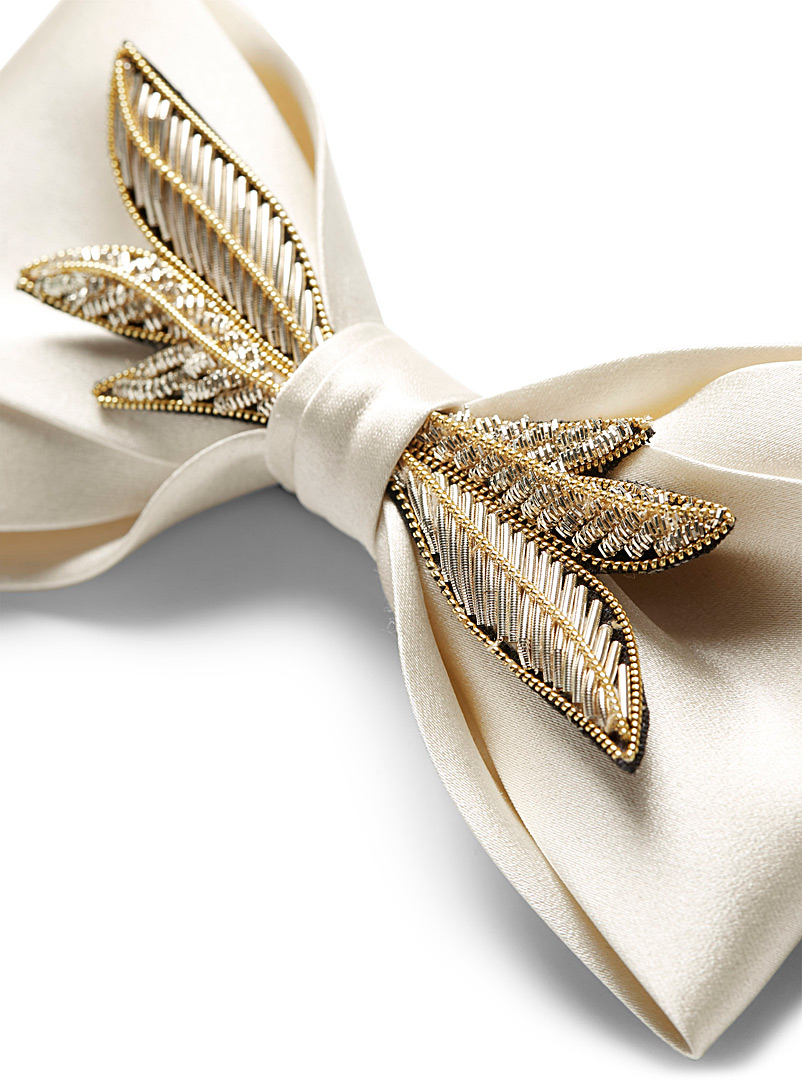 Mani del Sud Ivory White Satiny golden leaves bow tie for men