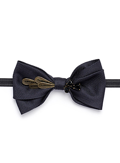 Jewel feather navy bow tie