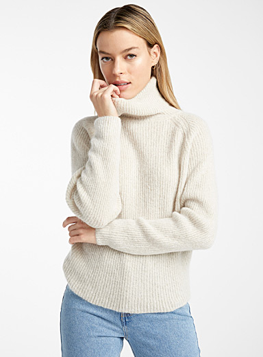 Kid mohair fibre turtleneck