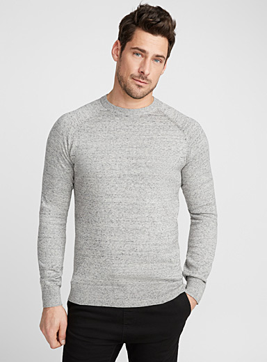 Basic crew-neck sweater