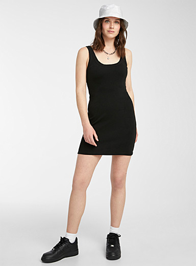 Ribbed jersey fitted dress