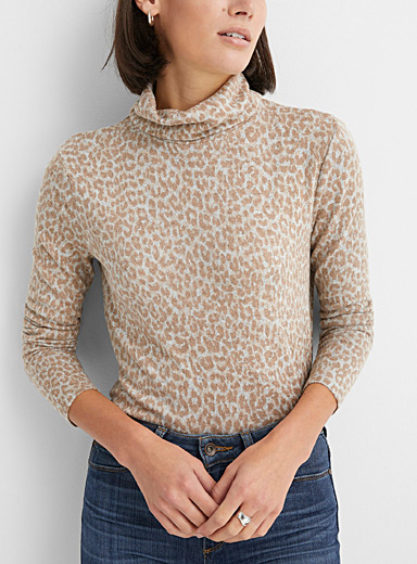 Contemporaine Sand Soft animal print turtleneck for women