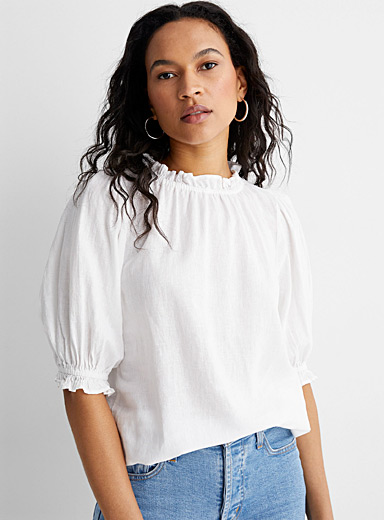 Ruffled-edge blouse