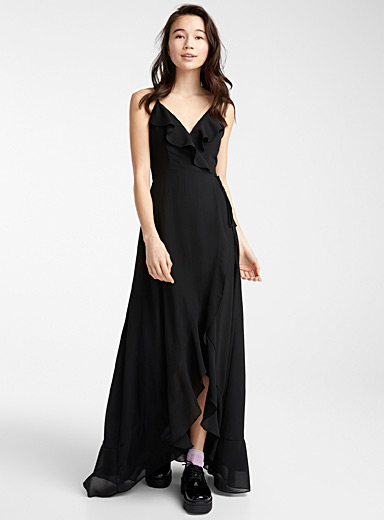 Crossover ruffle maxi dress