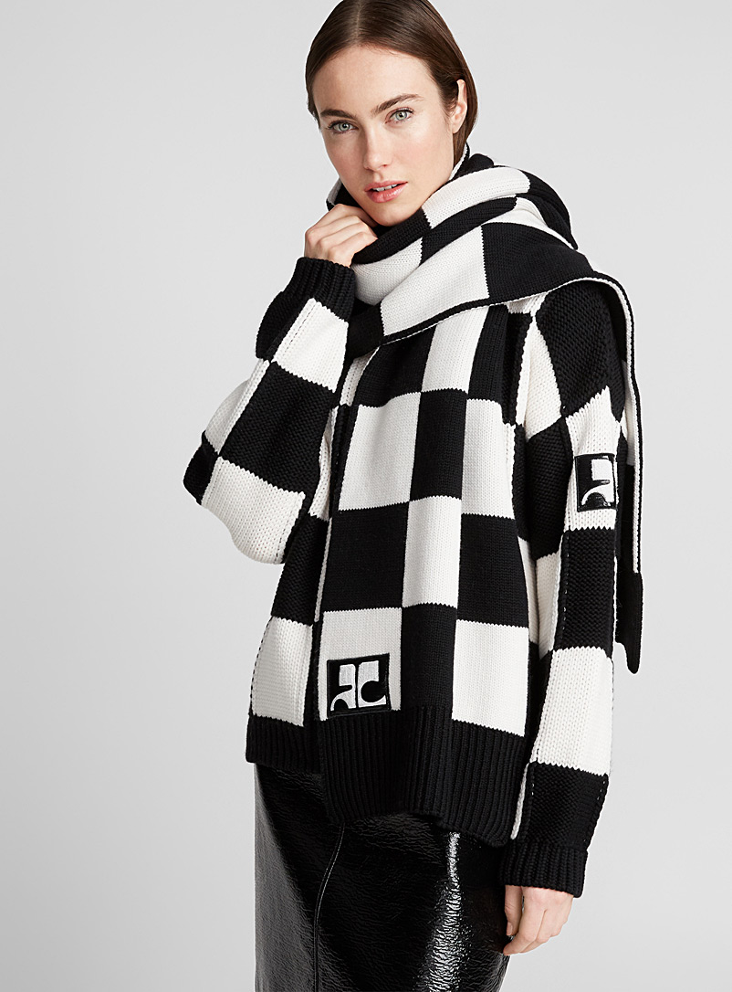 checkered-scarf