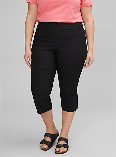 Essential slimming capris Plus size