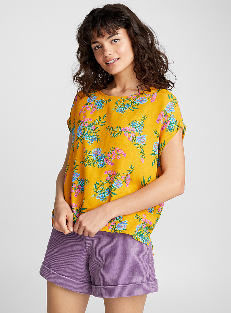loose-round-neck-blouse