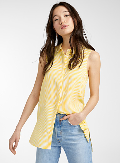 Fluid sleeveless shirt