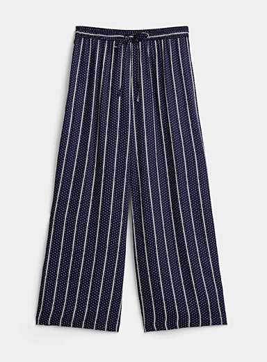 Patterned lightweight gaucho pant