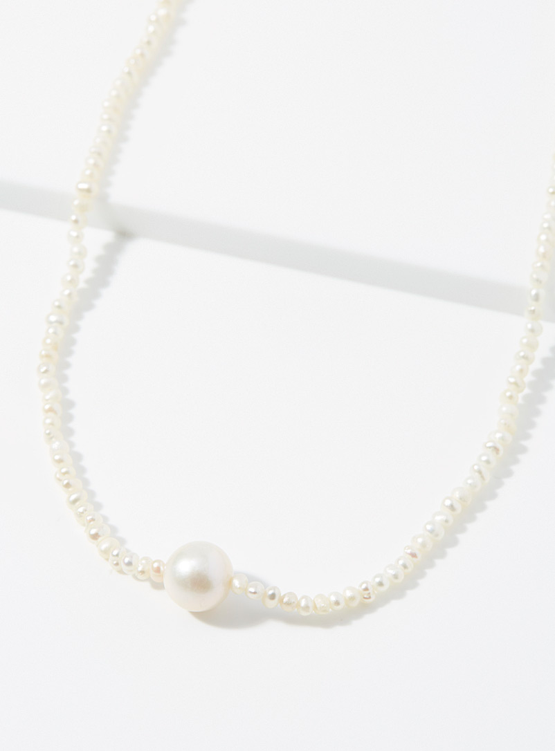 River of freshwater pearls necklace