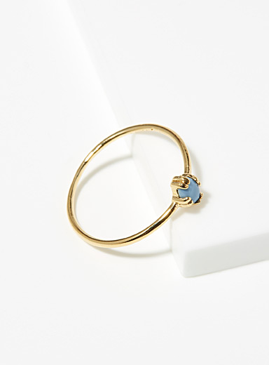 Blue single-stone ring