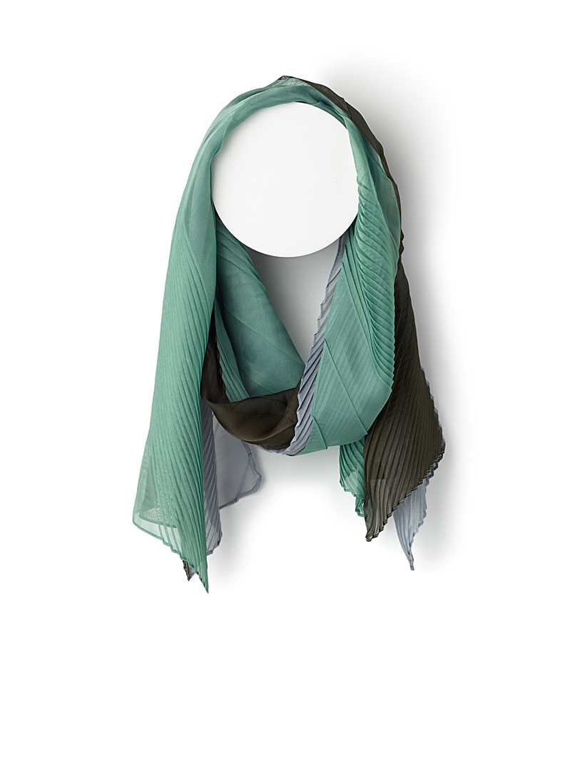 tricolour-gathered-scarf