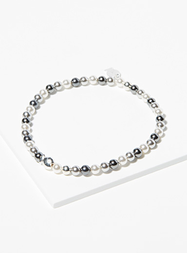 Pearl and ash grey mini bead bracelet