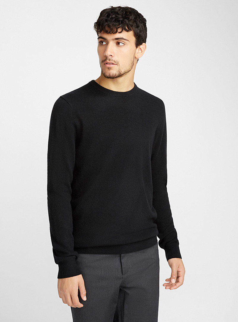 le-pull-col-rond-pur-cachemire