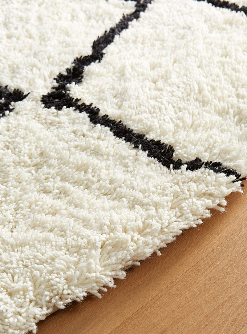 Round graphic zigzag rug - Area Rugs - Patterned White