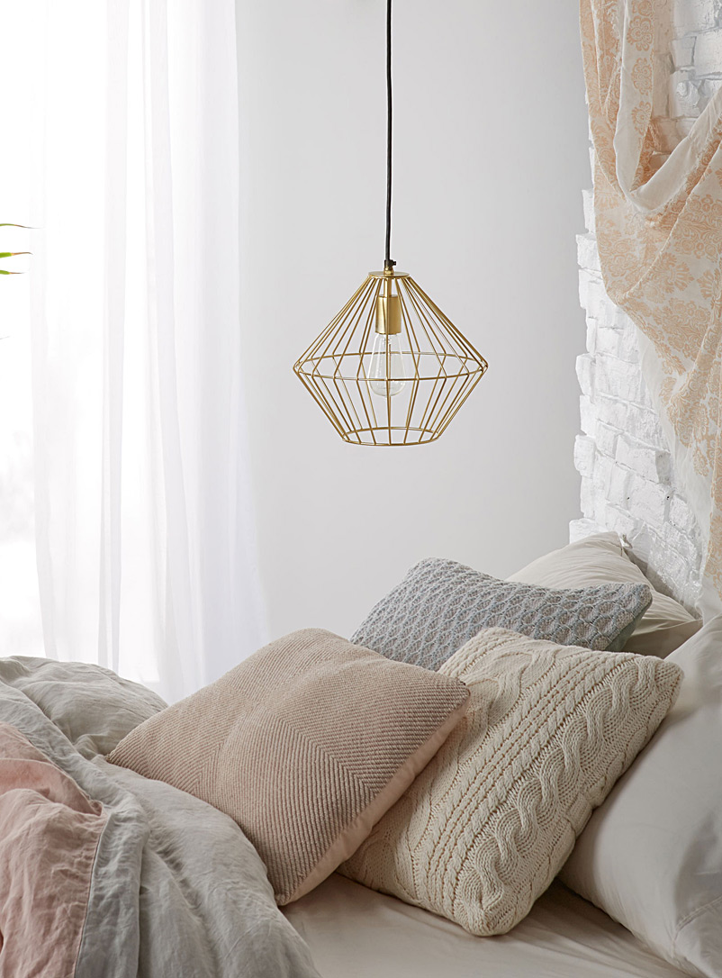 Gold mesh hanging lamp
