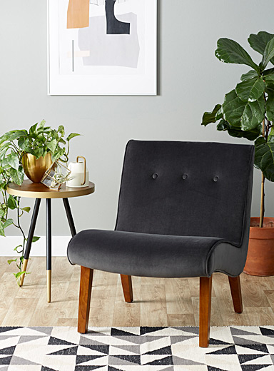 Modern silhouette chair