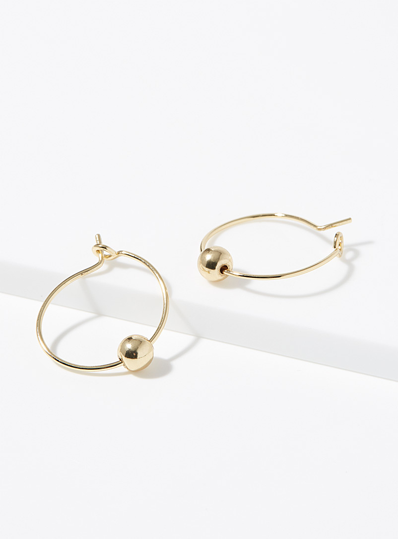 Movable bead fine hoops