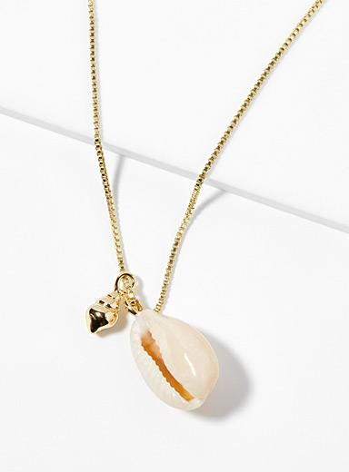 Le collier Aki coquillages
