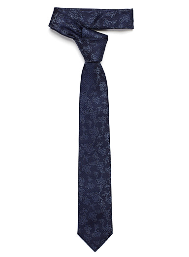Tropical flower tie