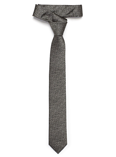 Granulated tie