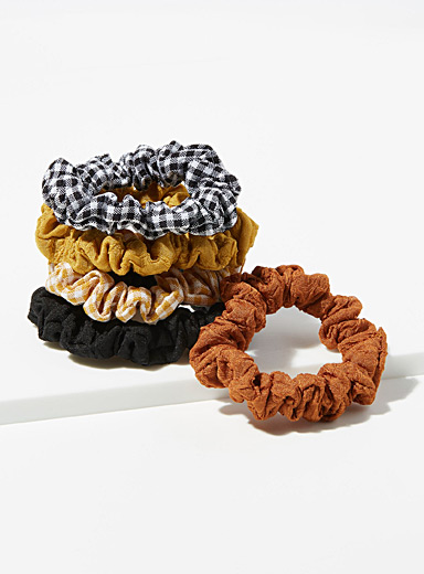 Simons Assorted  Small gingham scrunchies  Set of 5 for women