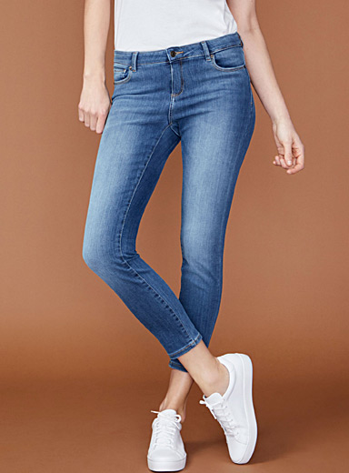 Le jeans skinny cheville extensible