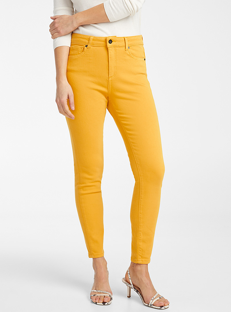 Contemporaine Dark Yellow Coloured skinny ankle jean for women