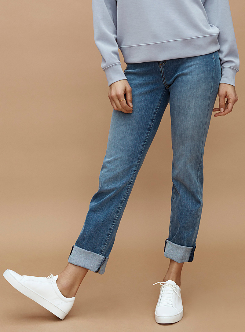 Contemporaine Baby Blue Straight stretch jean for women