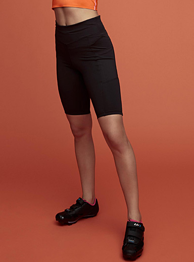 Athletic high-waist bike short