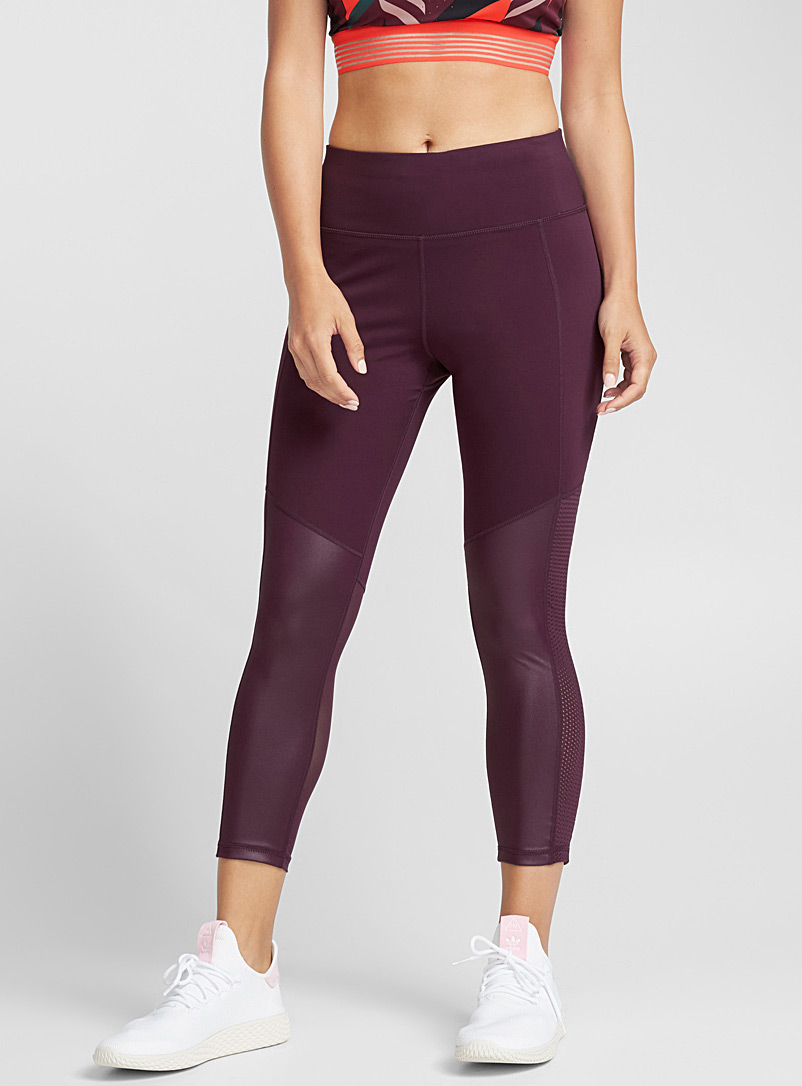 mixed-media-ergonomic-legging