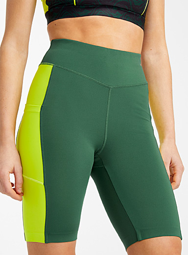 Colour block cycling short
