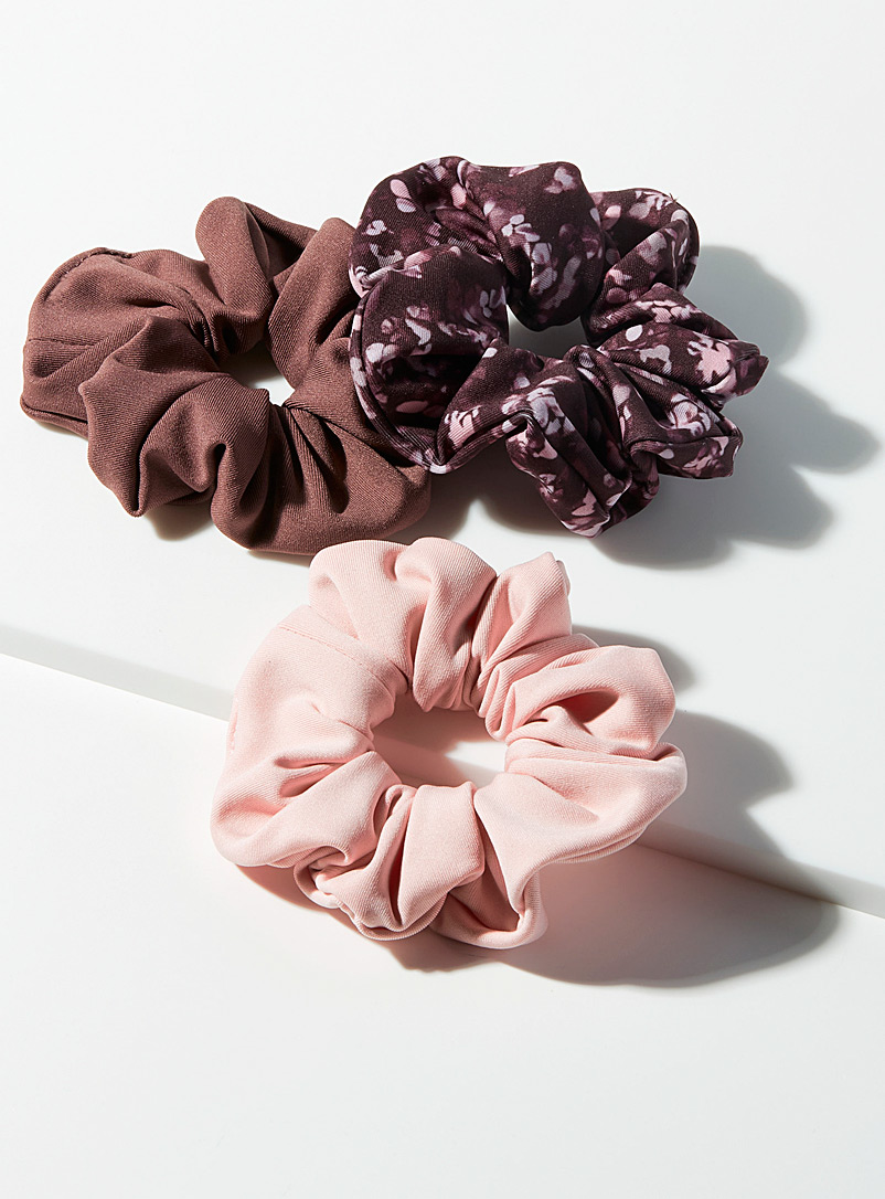 I.FIV5 Patterned Brown Recycled scrunchie Set of 3 for women