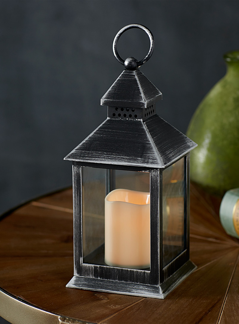 Candles lanterns shop online in canada simons for Candele on line