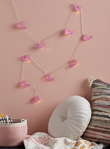 Little-birds-on-a-wire string lights