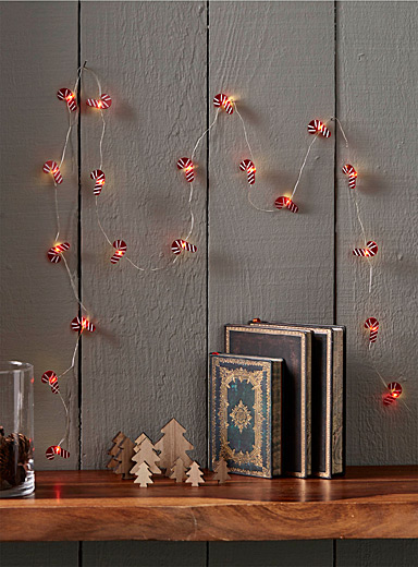 Candy cane string lights