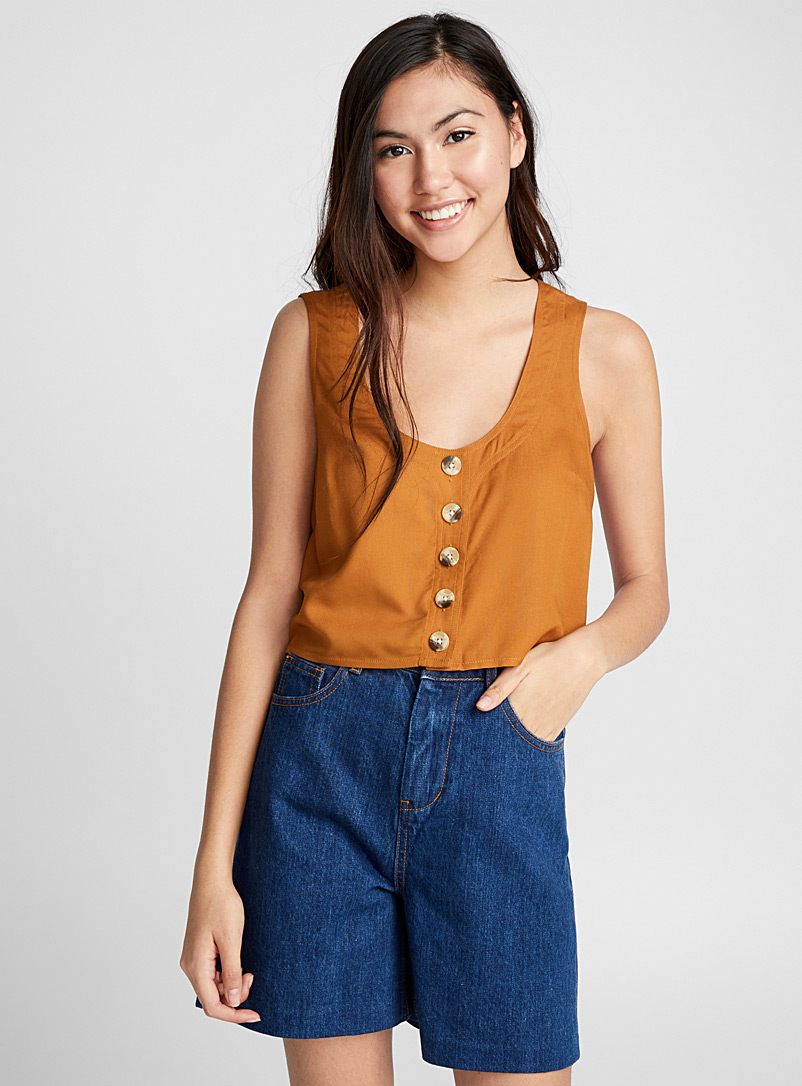 buttoned-cropped-cami